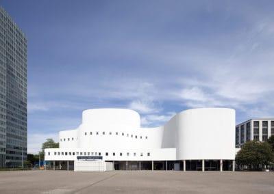 Schauspielhaus, erbaut 1970 nach Plänen von Bernhard Pfau, Düsseldorf, Rheinland, Nordrhein-Westfalen, Deutschland