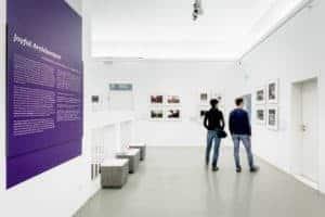Eindrücke der Ausstellung European Architectural Photography Prize architekturbild 2019, Foto: Moritz Bernoully
