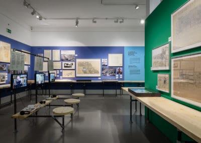 DAM_NeueHeimat_Ausstellung_Foto_Moritz_Bernoully_web_011