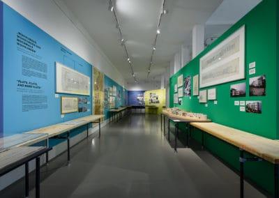DAM_NeueHeimat_Ausstellung_Foto_Moritz_Bernoully_web_015